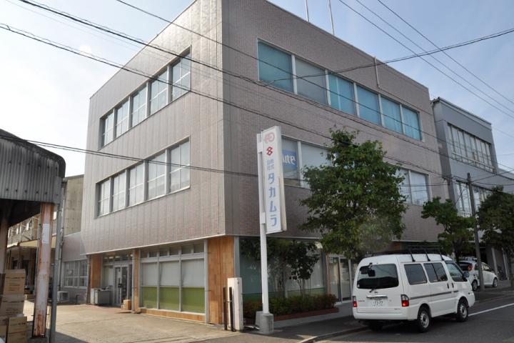 株式会社タカムラ